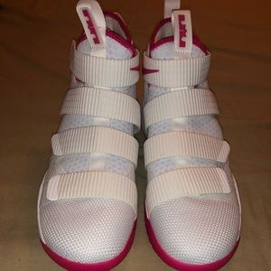 New Nike Lebron Soldier 11 Breast Cancer Shoes